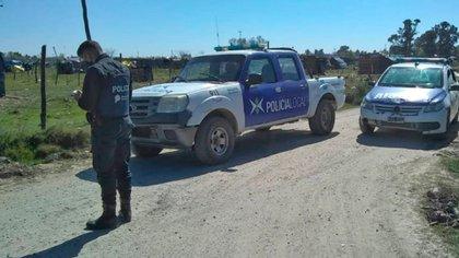 El domingo al mediodía, la policía interceptó el camión que transportaba el material para realizar el festival y por eso se demoró el comienzo. Foto: Agradecimiento Anred.