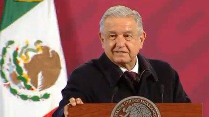 AMLO presenta Guía Ética para recuperar valores en México