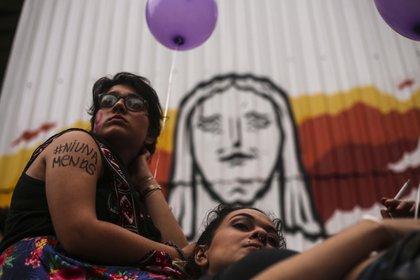 Ambas señoras fueron encontradas por familiares (Foto: EFE/ Antonio Lacerda)