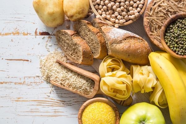 Los carbohidratos son las principal fuente para postergar el cansancio (iStock)
