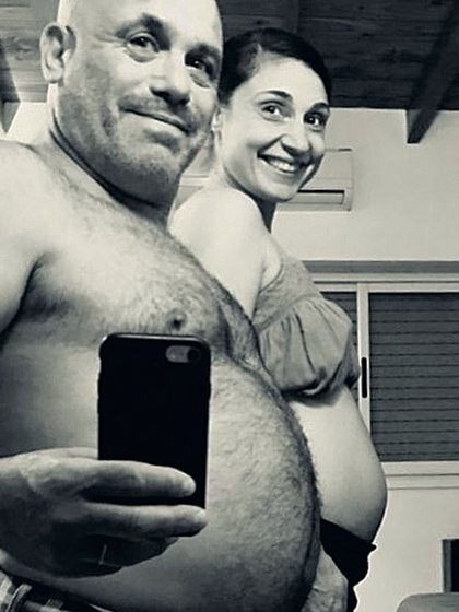El Bicho Gómez y Valeria están embarazados de cinco meses y medio.