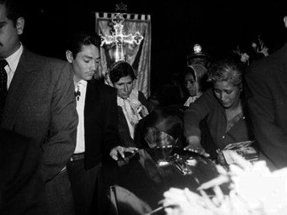 En abril de 1957, Solís estuvo presente en el sepelio de Pedro Infante en el Panteón Jardín, el mismo a donde llegarían sus restos nueve años después (Foto: Instituto Nacional de Antropología e Historia de México)
