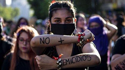 El clamor de las mujeres en Santiago y el resto del mundo (AFP)