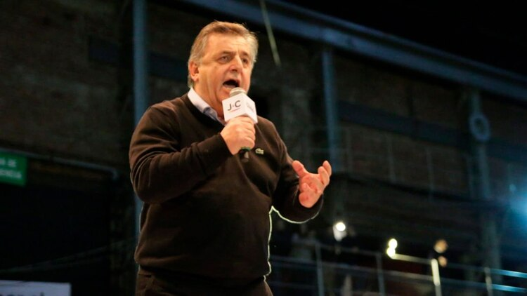 Mario Negri, jefe del bloque de diputados de la UCR, quien salió primero a responder los dichos de Zaffaroni.