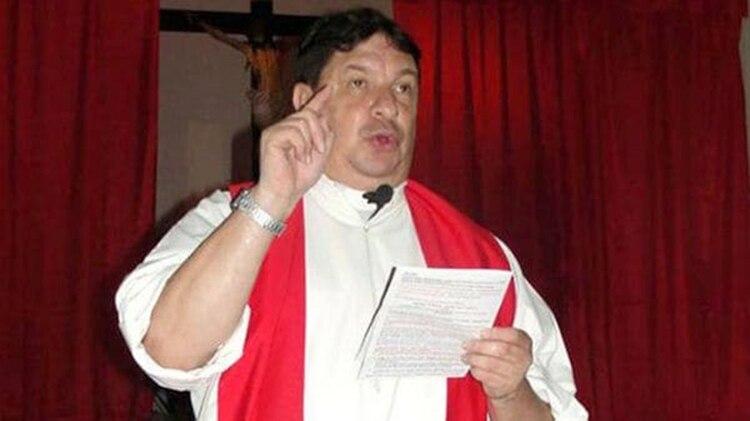 Juan Escobar Gaviria:detenido e investigado por el abuso sexual de menores