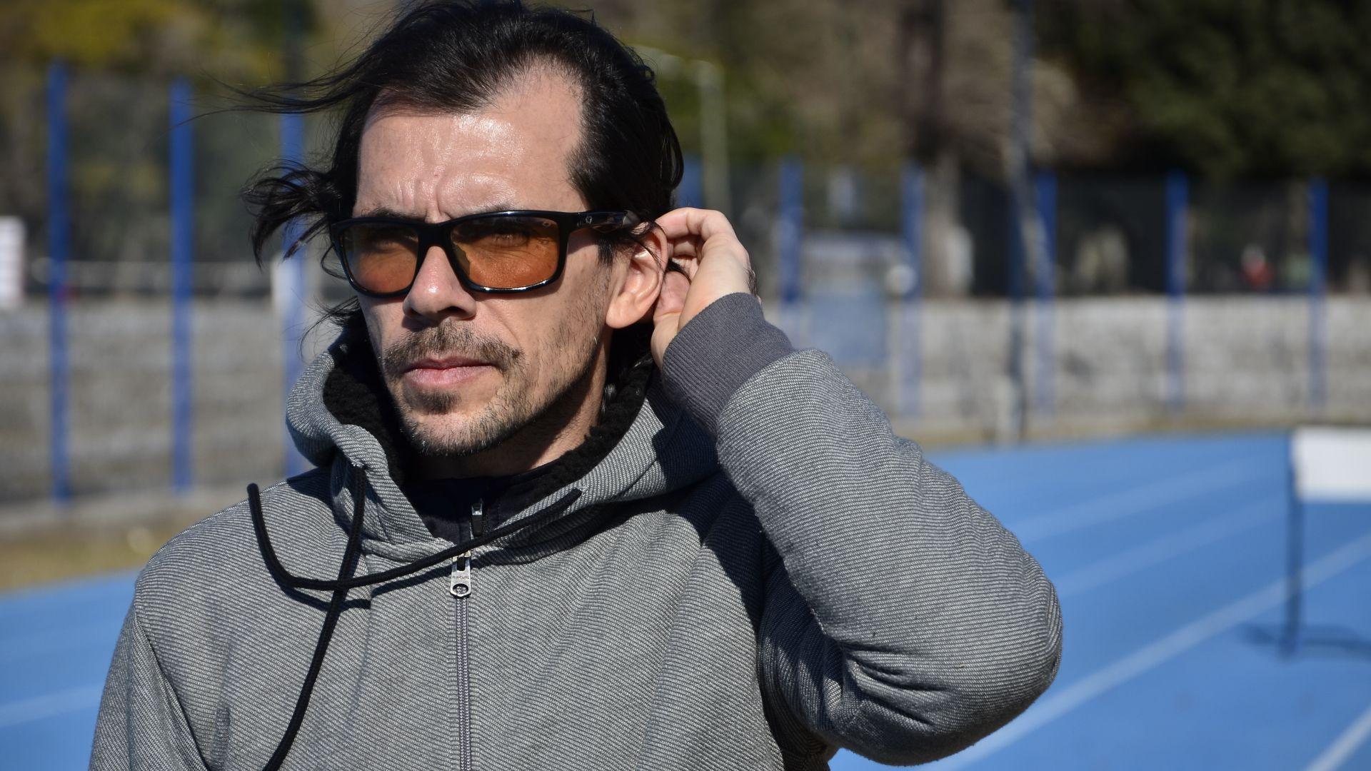 José Luis Santero tiene 43 años y de grande descubrió su pasión por el atletismo