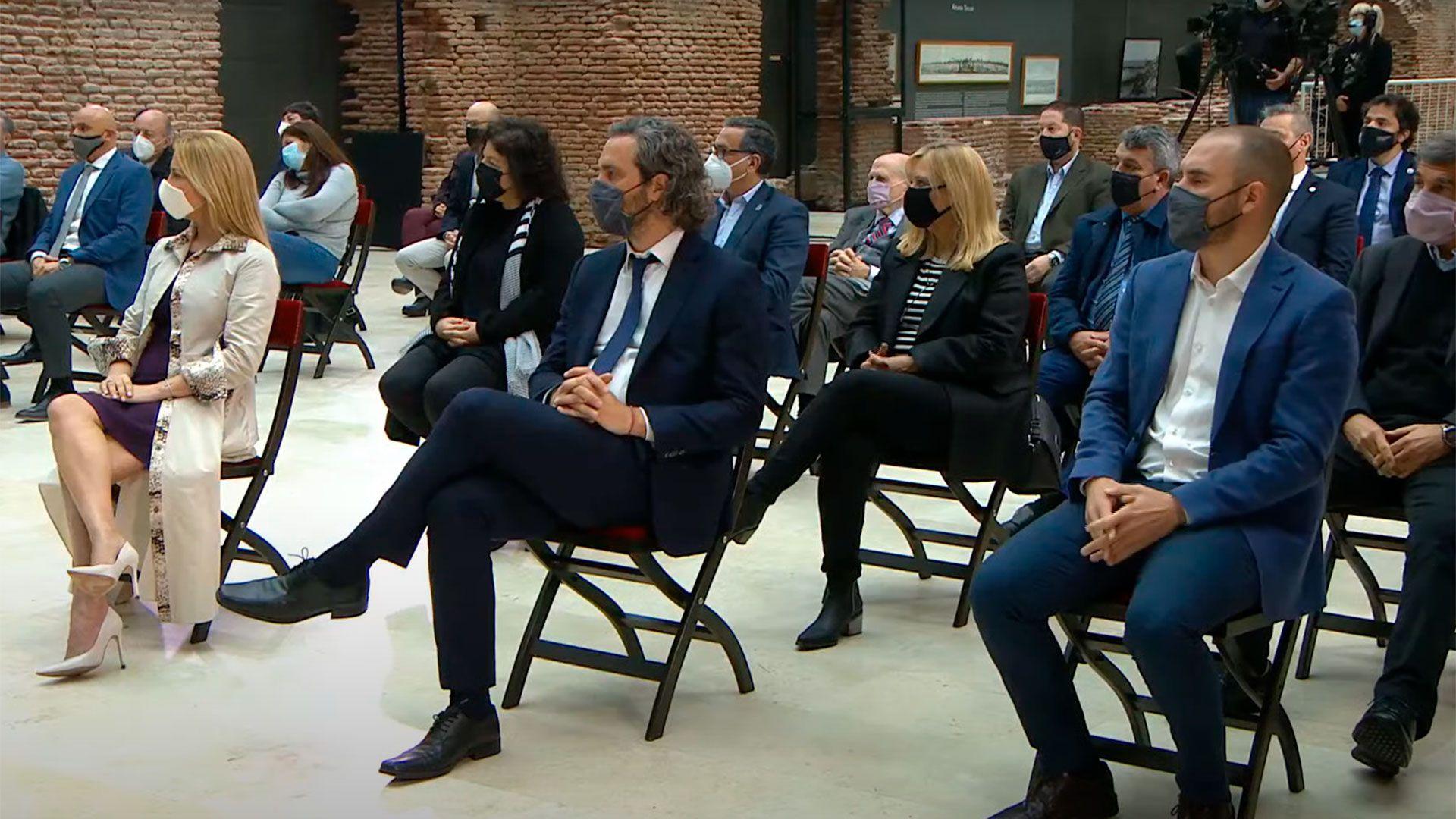 cafiero, guzman y fabiola Alberto - El presidente presenta el proyecto de Ley de Compre Argentino y Desarrollo de Proveedores -