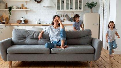 Los consultados coincidieron en un relajemiento en la puesta de límites posiblemente relacionado con el cansancio provocado por la intensidad de la convivencia (Shutterstock)