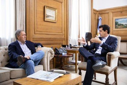 El ministro de Interior, Wado de Pedro, con el gobernador de Córdoba, Juan Schiaretti