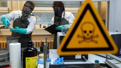 El gobierno sirio ha sido acusado de utilizar cloro y sarín contra su población (Reuters)