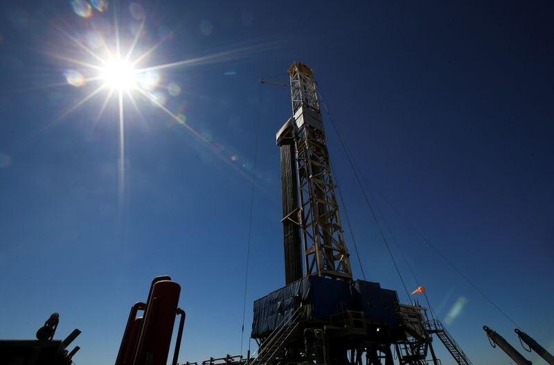 Una plataforma de perforación de gas y petróleo en la zona de Vaca Muerta, Neuquén
