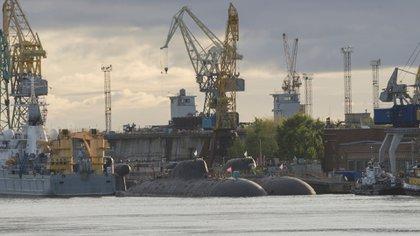 Submarinos de propulsión nuclear clase Akula en Severodvinsk (Shutterstock)
