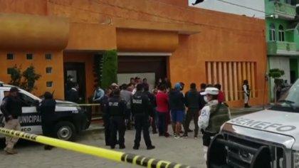 La policía marcó la escena del crimen Foto: Captura de pantalla Noticieros Televisa