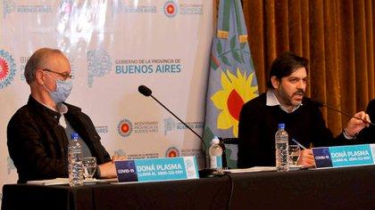 El ministro de Salud bonaerense, Daniel Gollan y el jefe de Gabinete, Carlos Bianco