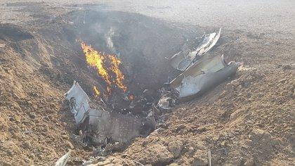 La justicia investiga si el avión de la Fuerza Aérea se precipitó a tierra por una falla mecánica que podría estar relacionada con un deficiente mantenimiento como resultado del bajo presupuesto que desde hace décadas tienen las Fuerza Armadas.