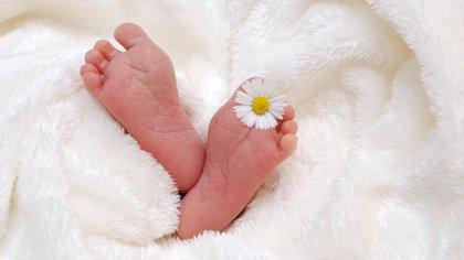 Pasó a último debate iniciativa que pretende acordar el orden de los apellidos de los recién nacidos