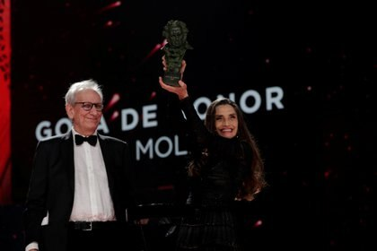 Ángela Molina fue distinguida con el Goya de Honor. Miguel Cordoba-Academia de Cine/Handout via REUTERS ATTENTION EDITORS -
