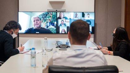 Guzmán compartió un zoom con nueve empresarios de distintos sectores