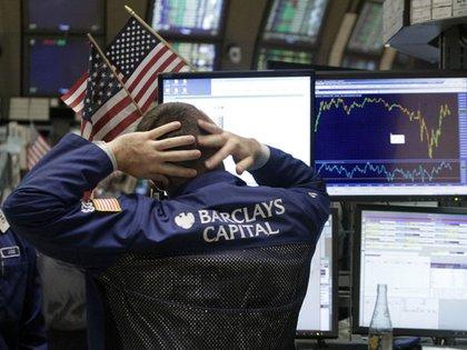 El Dow Jones tuvo su peor jornada en dos años (AP)