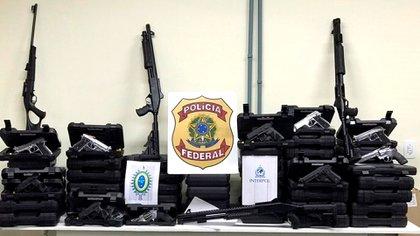 Armas incautadas en Brasil (Interpol)