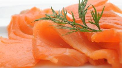 El salmón ahumado, un infaltable en las mesas de los Oscar 2020 (Shutterstock)