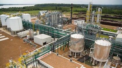 A diferencia de las provincias productoras de petróleo, a las cuales se les garantizó un precio sostén del barril del crudo, las productoras de biocombustibles no han recibido ningún tipo de estímulo. Foto: Archivo DEF.