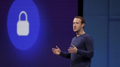 La información sale de las respuestas que Mark Zuckerberg envió al Comité de Energía y Comercio de la Cámara de Representantes de los EE.UU. (Reuters)