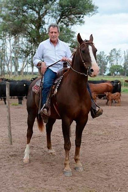 Los caballos, otra de sus pasiones (Gentileza Revista Gente)