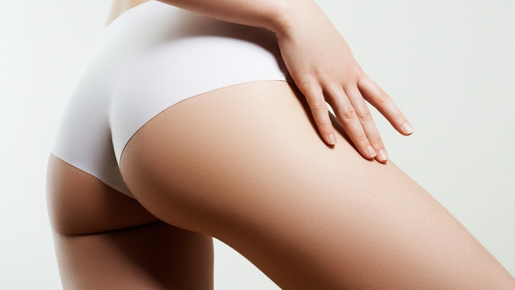El injerto de grasa glútea es uno de los procedimientos estéticos de más rápido crecimiento en los Estados Unidos (Shutterstock)