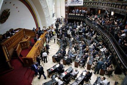 Estados Unidos descarta un acercamiento a Maduro — Elliott Abrams