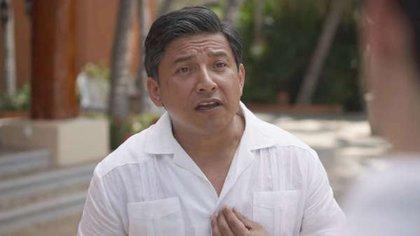 El personaje de Armando Manzanero reapareció en el sexto capítulo de la segunda temporada (Foto: Netflix)