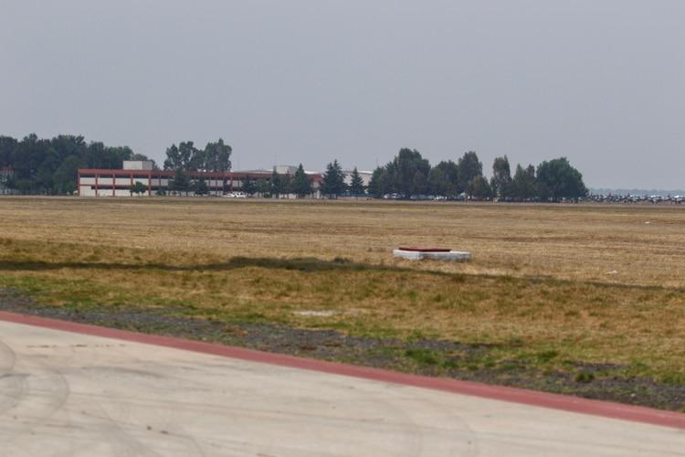Terrenos en la base militar de Santa Lucía, en dónde se construirá el nuevo Aeropuerto de la Ciudad de México FOTO: ISAAC ESQUIVEL /CUARTOSCURO
