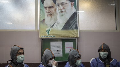 08/04/2020 Personas con mascarilla en Teherán durante la pandemia de coronavirus en Irán POLITICA INTERNACIONAL Rouzbeh Fouladi/ZUMA Wire/dpa