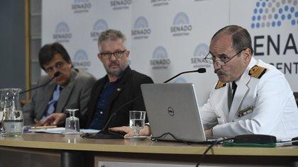 Capitán de Navío Claudio Javier VILLAMIDE en su presentacion ante la Bicameral