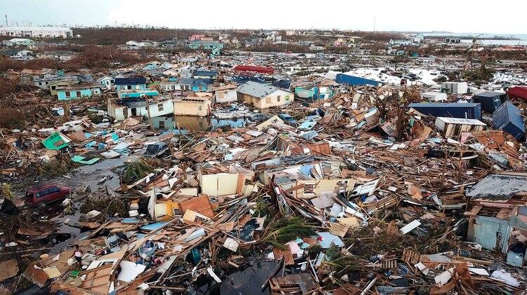 Imágenes de devastación tras el paso del huracán Dorian en las Bahamas. (AP Photo/Gonzalo Gaudenzi)