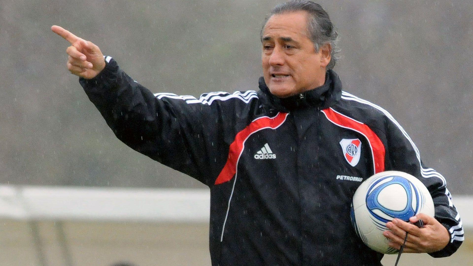 Juan José López tecnico de river