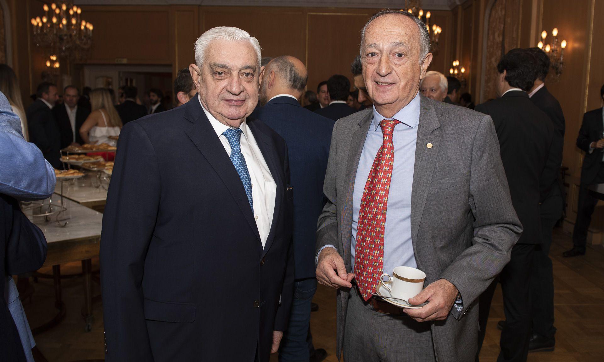 Adelmo Gabbi, titular de la Bolsa de Comercio; y Miguel Acevedo, presidente de la Unión Industrial Argentina