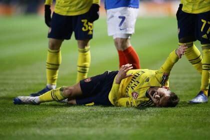 Foto del lunes del centrocampista del Arsenal Lucas Torreira tras lesionarse un tobillo.  Mar 2, 2020   REUTERS/David Klein