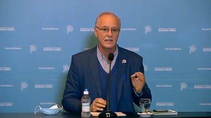El ministro de Salud bonaerense, Daniel Gollán, durante la conferencia de prensa del viernes