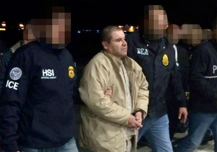 """""""El Chapo"""" Guzmán al momento de su extradición a EEUU"""