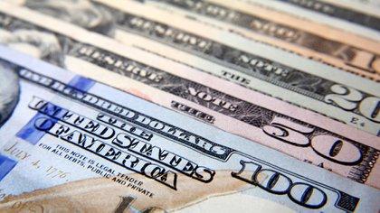 La abundancia de divisas permite flexibilizar el ingreso de dólares comerciales