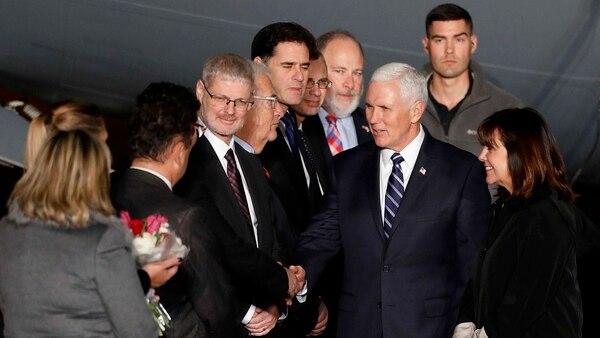 Previo a su escala en Israel, Pence estuvo en Jordania y Egipto (EFE)