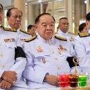 La junta militar que gobierna Tailandia. De izquierda a derecha: el primer ministro Prayut Chan-O-Cha, y sus dos vice primer ministros, Prawit Wongsuwan y Wissanu Krea-ngam (AFP)