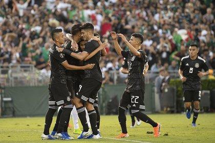 México tuvo un debut de candidato con una goleada 7-0 ante la débil Cuba (Foto; Twitter @miseleccionmx)