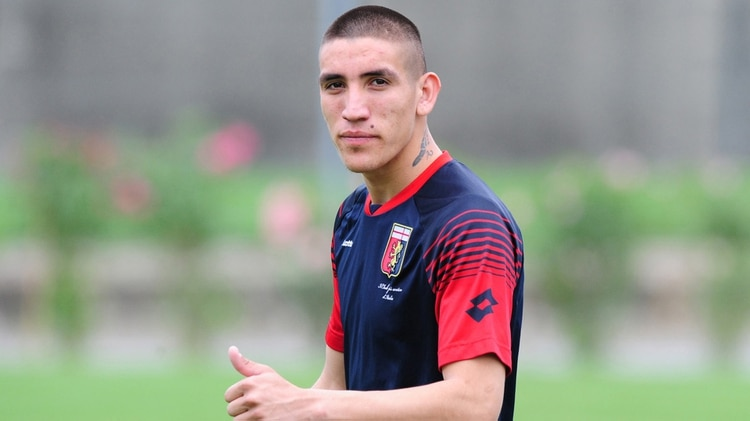 El jugador nacido en Villa Corina tuvo un breve paso por el Genoa de Italia