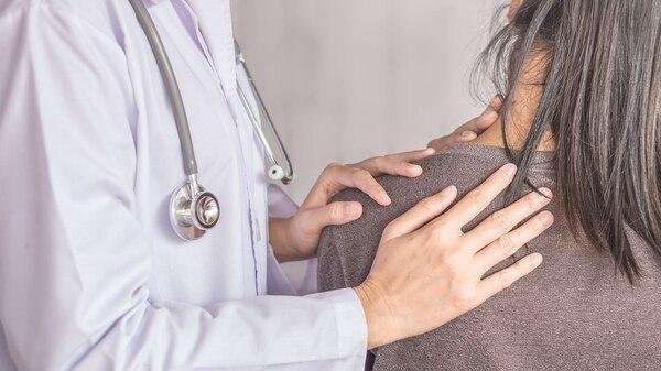 De diagnose is klinisch en is gebaseerd op het ondervraging en lichamelijk onderzoek van de patiënt (Getty)
