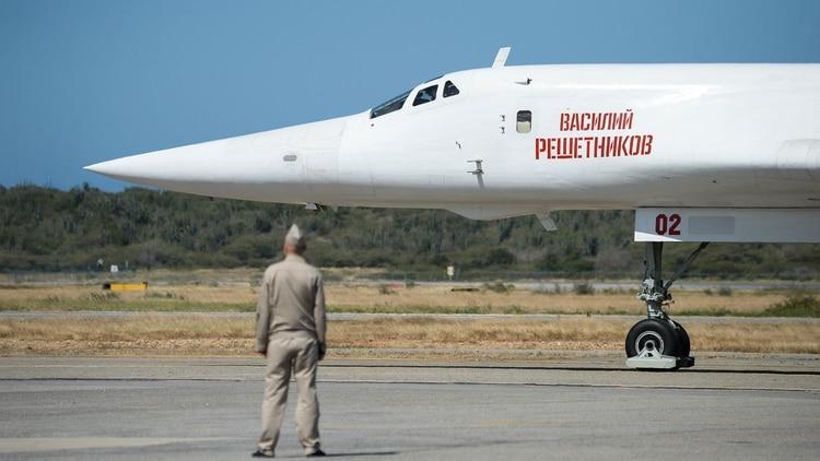 Dos bombarderos nucleares rusos Tu-160 aterrizaron en Venezuela el 10 de diciembre de 2018 (AFP)