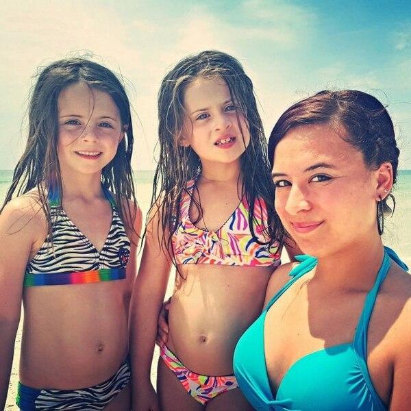 Kianni con dos de sus medias hermanas Sophia y Ava. (Instagram: donor_siblings)