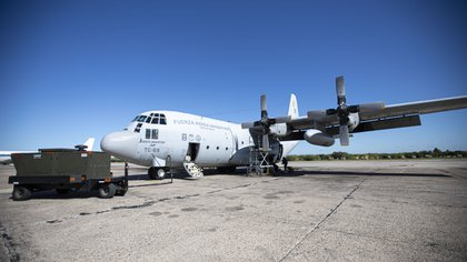 Dos aviones Hércules C-130 se encuentran empeñados en la repatriación de cientos de argentinos.