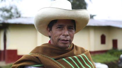 El candidato presidencial por el partido Perú Libre, Pedro Castillo, en su casa en Chugur, Cajamarca (AP Foto/Martín Mejía)
